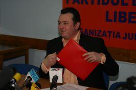 Iulian Aramă reuşeşte uneori să electrizeze audienţa cu vrăjelile lui