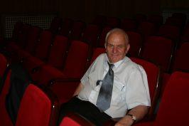 Teatrofilul Dumitru Nicolae surprins că spectacolul s'a mutat în Circul Foamei
