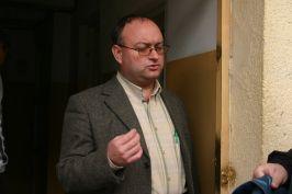 Comisarul Dragomir - ce faţă de ne-cercetat penal are