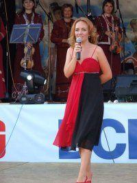 Aurelia Bogatu, la microfon