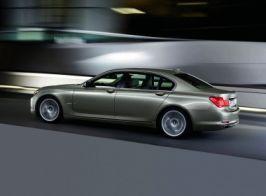 Cam așa arată BMW-ul condus de Cristian Gîscă, doar că este de culoare albă