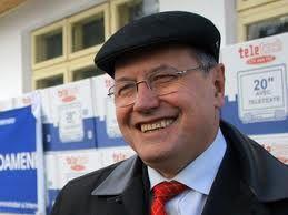 Mircea Toader, un bărbat pe care pînă și nevastă-sa l-a umilit în public