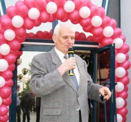 Primarul Nicolae, balonat la maxim