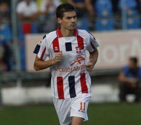 Fotbaliatorul Răzvan Ochiroșii, aici în tricoul echipei Oțelul Galați