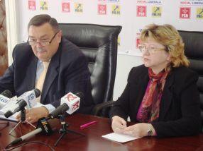 Deputatul Dobre și d-na Gaiu, în plină campanie electoralo-medicală