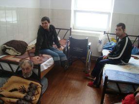 Oamenii fără adăpost dorm și pe jos, căci sunt 24 de grade la sol, conform directorului Subașu