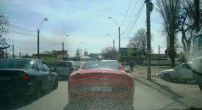 Primul Ferrari care aparține unui gălățean, plimbîndu-se pe străzile Galațiului