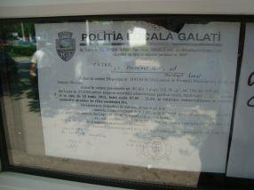 Iată și afișul lipit de sclavii lui Gâscă, de la Poliția Locală, prin care argumentează decizia luată de (încă) tovarășul primar Dumitru Nicolae