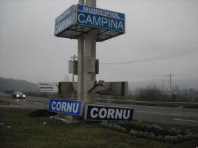 Bine ați venit în comuna Cornu, unde jupîn este Adrian Năstase