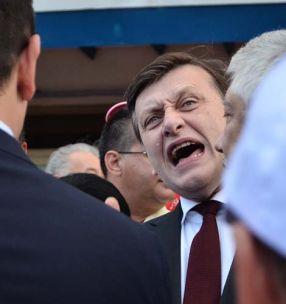 Crin Antonescu, supărat că s-a trezit vorbind ca proasta-n tîrg