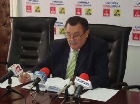 Deputatul Victor Paul Dobre este rugat să facă o schiță a mafiei fierului vechi din Galați