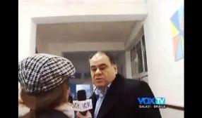 Roxana Durbacă și Aurel Stancu, circ de mahala pe holurile secției de votare