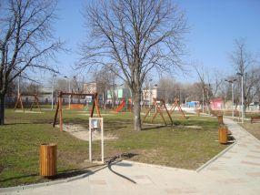Parcul Rizer parcă arată acum a parc
