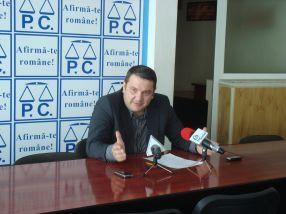 Bogdan Ciucă a căzut în extaz cînd a resimțit limbile care îi erau aplicate, în direct la TV Galați