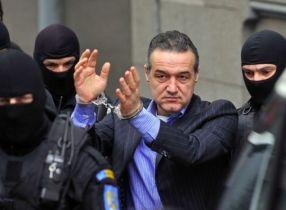 Gigi Becali a fost condamnat la trei ani de închisoare cu executare