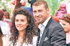Poză cu Lucian Bute și mireasa lui, Elena Aprozeanu