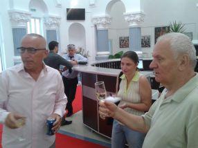 Marius Stan și Dumitru Nicolae, la o cupă de șampanie