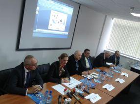 Ministrul Ramona Mănescu, alături de primarul Stan, subsecretarul Matei, deputatul Dobre, subprefectul Panaitescu și