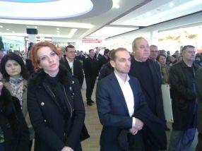 Shopping City Managerul Aurel Vlaicu, dimpreună cu afaceristul Corneliu Istrate de la Vega 93