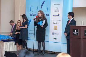 Ana Alina Ionescu Dumitrache a ridicat premiul acordat Universității Danubius