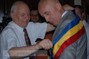 Nicolae și Stan, doi primari cheltuitori