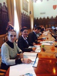 """Șase studenţi de la Universitatea """"Danubius"""" Galaţi au primit certificate de voluntariat pentru  implicarea  în proiectul Agenţiei Naţionale a Funcţionarilor Publici"""