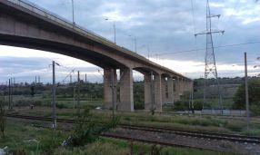Un pod care nu duce nicăieri