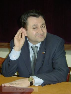 Florin Pîslaru, un deputat necăjit