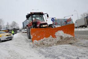 Un tractor cu mai mult chef de muncă decît autoritățile