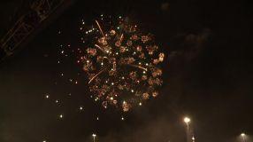 Șmecherii cu bani au artificii mai frumoase la petrecerile private