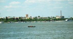 Deja a apărut primul taxi pe Dunăre, însă nemotorizat, dotat doar cu două vîsle putere
