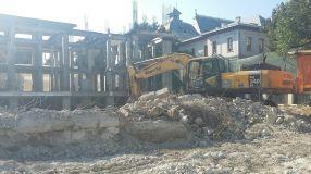 O demolare, două demolări, multe demolări