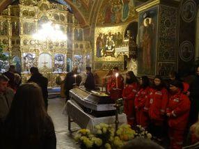 Trupul neînsuflețit al gălățencei Valentina Florea a fost depus la Biserica Vovidenia
