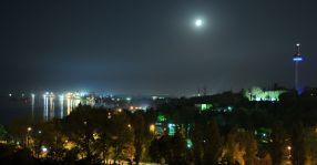 Un oraș frumos și liniștit, în special noaptea