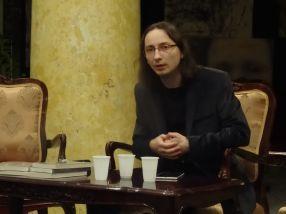 Scriitorul Marian Coman, la Galați, la lansarea celui mai recent roman al său - ''Haiganul. Fluviul Șoaptelor''