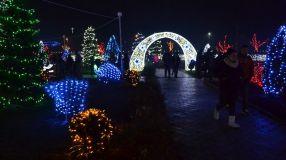 Așa arată iluminatul de sărbători în comuna Peștera, cu 3.300 de locuitori