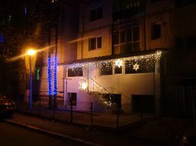 Un balcon împodobit de un gălățean l-a înfuriat la culme pe primarul Marius Stan