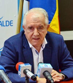 Eugen Durbacă are obiceiul să facă cinste din banii altora