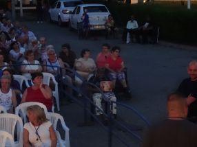 Persoanele cu handicap locomotor au văzut filmul de dincolo de gard