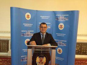 Nicolae Marin face glume de cocalar de Pechea, pozîndu-se în calitate de presedinte al Senatului României