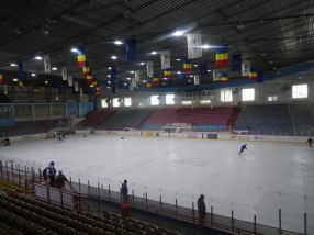 Patinoarul din Galati va găzdui meciurile campionatului mondial de hochei seniori, în perioada 3-7 aprilie 2017