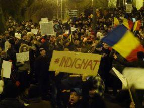 Proteste în Galati. Gălătenii au iesit în stradă în semn de protest fată de măsurile penale luate de Guvernul Grindeanu