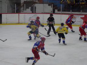 Hocheistii de la Dunărea Galati au pierdut semifinala cu Corona Brasov, cu 3-0 la general
