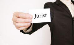 Prefectura angajează consilier juridic. Condiții: să fie blazat și să accepte o leafă mică