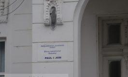 Numele senatorului liberal Paul Ichim, vandalizat la sediul PNL Galați (foto)
