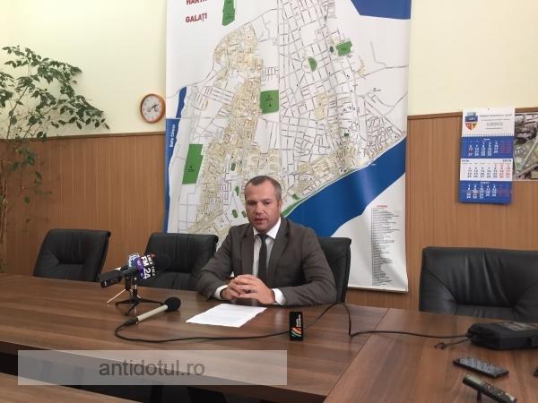 Drumul primarului Ionuț Pucheanu către cărțile de istorie trece pe faleza Dunării