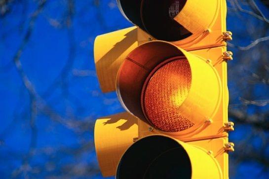 Unda Verde a răcit: ninsorile și gerul au trecut pe galben intermitent semafoarele inteligente