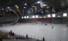 Primăria Galați spoiește patinoarul că începe campionatul mondial de hochei