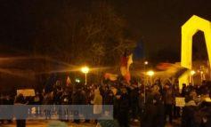 Gălățenii rezistă: zeci de oameni au cerut din nou demisia Guvernului Dragnea