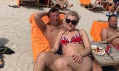 Ne-am gîndit să-l felicităm pe directorul Stadoleanu pentru frumoasa vacanță petrecută în Dubai cu familia
